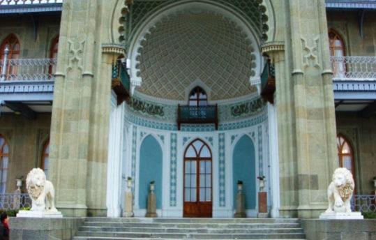 Воронцовский дворец в Алупке!