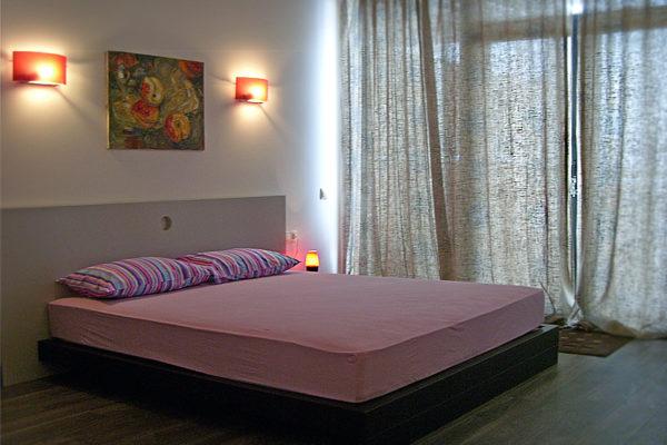 Снять квартиру в Гурзуфе +7-978-740-87-75