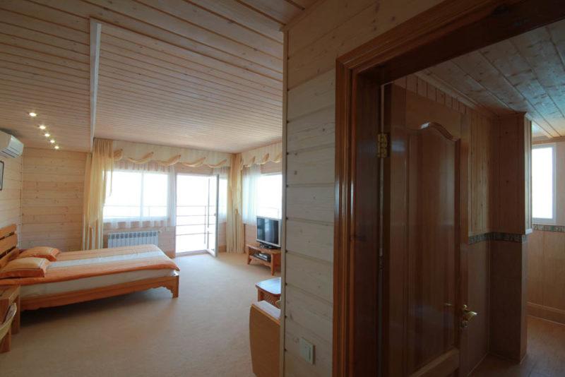 Квартира в Ялте +7978-740-87-75