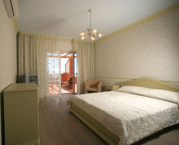Арендовать дом в Гурзуфе, Ялта, Крым +7-978-740-87-75