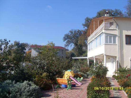 Дом в Массандре Крым Ялта +7-978-740-87-75