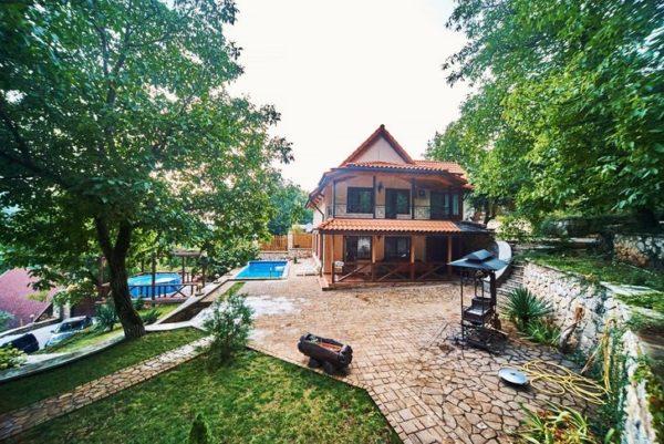 №- 094 Коттедж Многоречье в лесу-горах Крыма