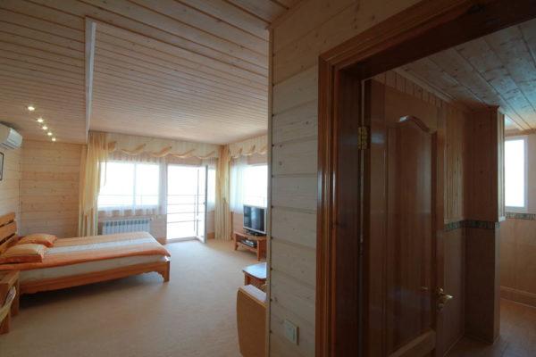 №- 0107 Апартамент на берегу моря в Ялте