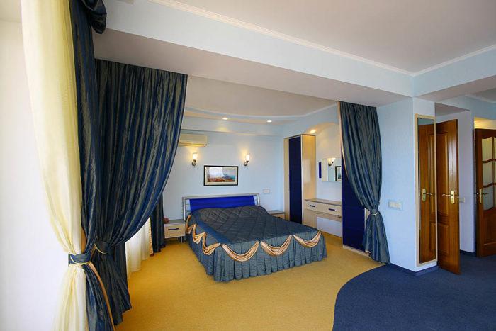 №- 104 Апартаменты VIP класса в Ялте «Elite» +7-978-740-87