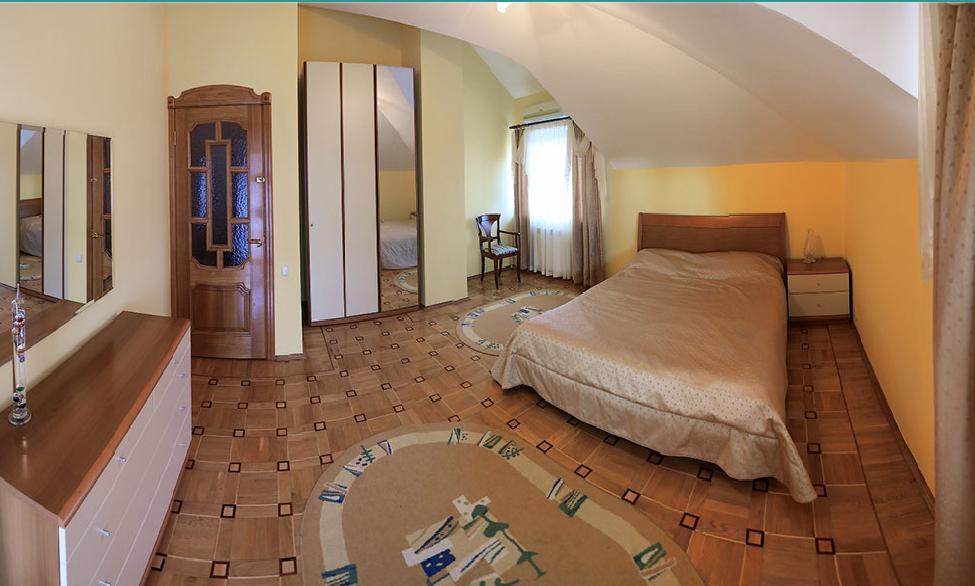 066. Дом в Ливадии двухэтажный 8-978-922-55-31